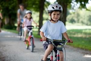 Unser ALG-2-Ratgeber bietet Ihnen zum Beispiel Informationen zu Leistungen für Kinder.