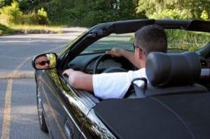 Unabhängig vom ALG-2-Vermögensfreibetrag wird auch ein Auto bis zu einem Wert von 7.500 Euro gewährt.