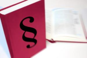 Damit Sie einen Anspruch auf Prozesskostenhilfe haben, müssen Sie gewisse Voraussetzungen erfüllen.