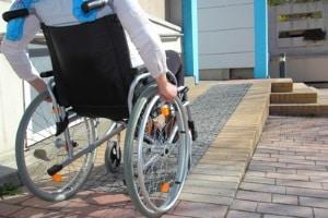 Auch behinderte Personen können Hartz IV beantragen, wenn sie erwerbsfähig sind.