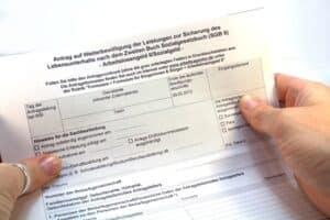 Ein Bewilligungsbescheid kann auch als Weiterbewilligung ausgestellt werden.