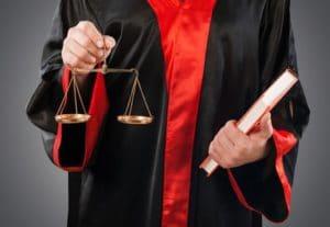Das Bundesverfassungsgericht muss viele Hartz-4-Verfassungsbeschwerden bearbeiten.