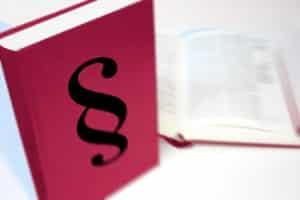 Gleiche Rechte beim Gehalt: Für eine Teilzeitstelle gilt das Teilzeit- und Befristungsgesetz.