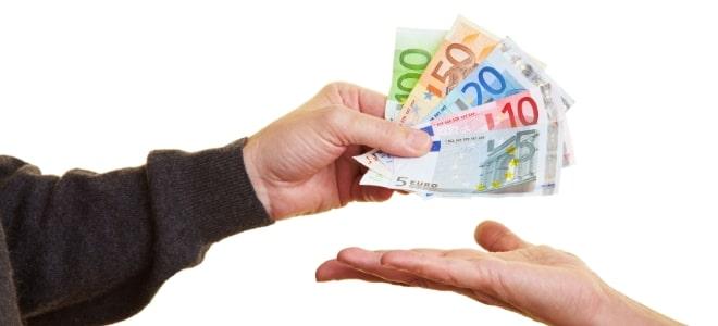 Geld leihen: Als Arbeitsloser ist das oftmals nicht so einfach.