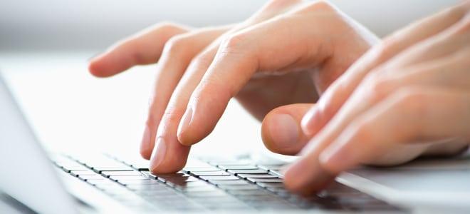 Der für den Erhalt von Grundsicherung notwendige Antrag an das Jobcenter kann auch im Internet ausgefüllt werden.
