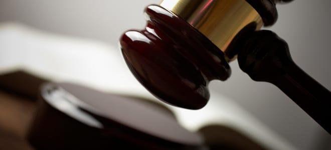 Die Hartz-4-Gesetze wurden zum 1. Januar 2005 eingeführt.