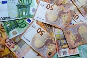 Hartz 4: Für eine Lebensversicherung liegt der Freibetrag bei 150 bzw. 750 Euro pro vollendetem Lebensjahr.