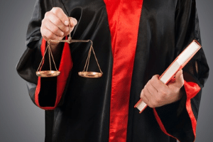 Die Karlsruher Richter erklärten die Hartz 4-Sanktionen für teilweise verfassungswidrig.