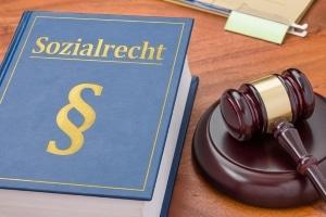 Hat ein Hartz-4-Empfänger die Steuerrückzahlung nicht angegeben, drohen Sanktionen.