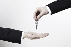 Ist bei Hartz 4 die Wohnung zu teuer, kann ein Untermieter helfen.