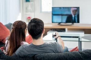 Vom Jobcenter wird ein Darlehen abgelehnt, wenn dieses für einen Fernseher beantragt wird.