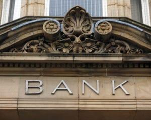 Kredit trotz Hartz 4 bei einer Bank? Das ist normalerweise nur mit einem Bürgen möglich.
