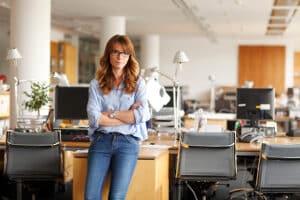 Auch Mitarbeiter im Jobcenter haben es nicht leicht: Aufgrund der Sensibilität des Themas kann es nicht nur zu verbalen Streitigkeiten kommen.
