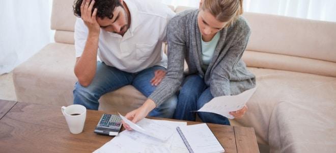 Wenn sich die Schulden stapeln, kann es zur Pfändung kommen. Doch sind auch Ihre Sozialleistungen pfändbar?