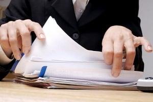 Bevor Sie die private Insolvenz anmelden können, ist zunächst ein außergerichtlicher Vergleich anzustreben.