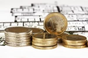 Im Ratgeber zu ALG 2 finden Sie auch Angaben darüber, wie groß und teuer Ihre Wohnung sein darf.