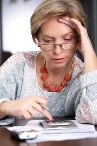 Unser Rentenrechner gibt online aus, mit welcher Rentenhöhe Sie später rechnen können - auch als Witwe.