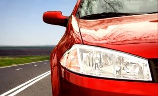 Das Schonvermögen laut SGB II ermöglicht auch den Besitz eines angemessenen Kraftfahrzeugs.