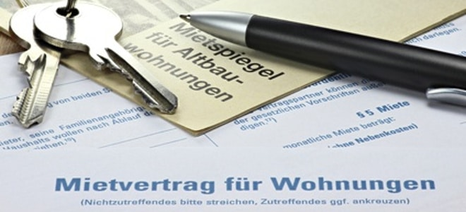 In einem Stabdard-Mietvertrag werden Rechte und Pflichten von Mieter und Vermieter definiert.