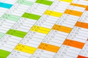 Frist für die Steuererklärung: Sind Sie arbeitslos, müssen Sie die Unterlagen pünktlich abgeben.