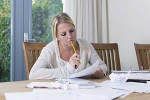Welches Einkommen lässt sich bei Teilzeit erzielen? Die Berechnung der Arbeitszeit ist eine wichtige Grundlage.