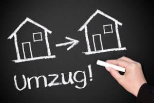 Wird die Wohnung vom Jobcenter als nicht angemessen bewertet, ist häufig ein Umzug nötig.